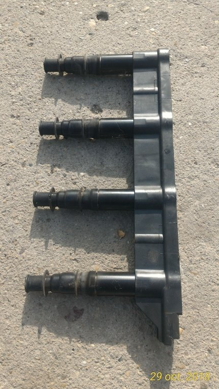 Bobina de inductie Peugeot 207 , Citroen C4 cod : 9651710680