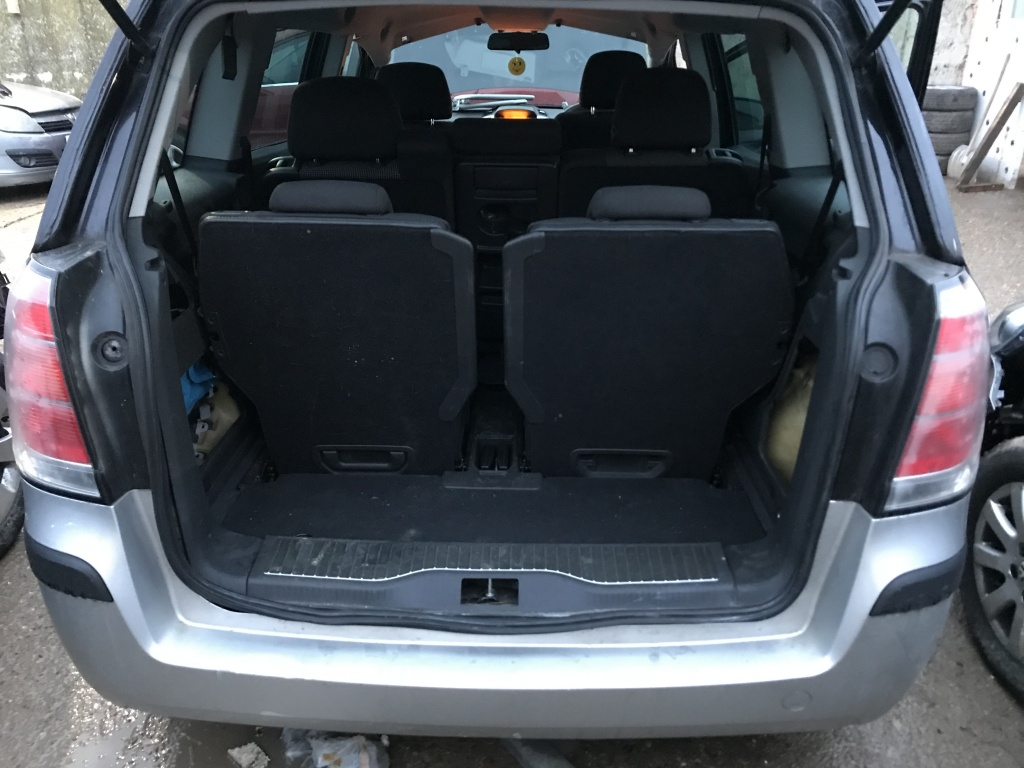 Bobina inductie Opel Zafira 2009 Hatchback 1.8