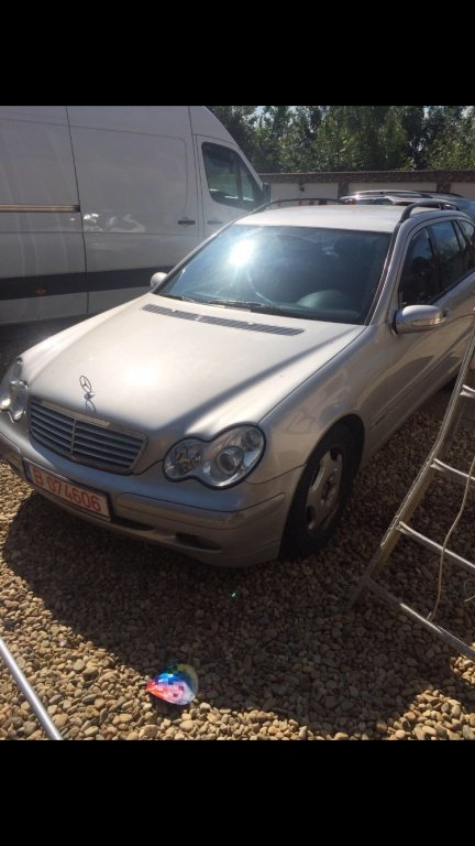 Brat dreapta fata Mercedes C-CLASS combi S203 2003 break 2,2cdi