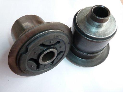 Bucsa jug motor Opel Vivaro/ Renault Trafic/ Nissan Primastar