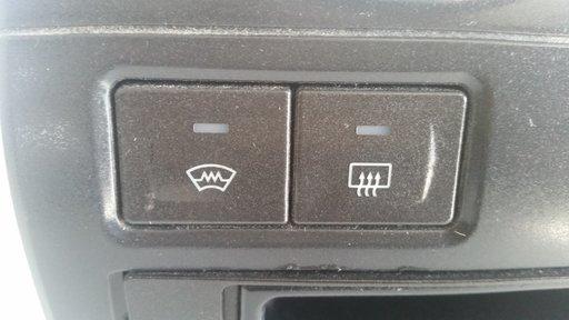 Butoane dezaburire parbriz si luneta Ford Fiesta mk 5