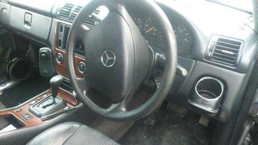 Butoane geam Mercedes ML 270 CDI W163 an fabricatie 2004