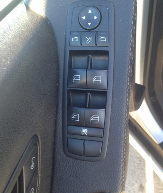 Butoane geamuri electrice Mercedes ml w164