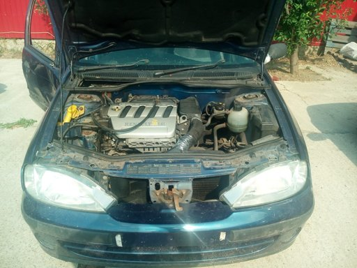 Butoane geamuri electrice Renault Megane 2002 hachback 1.4 16 v