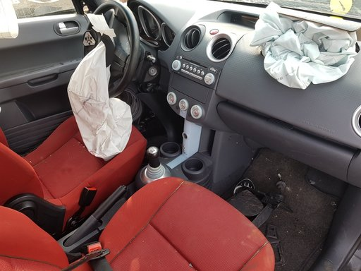 Butoane Mitsubishi COLT 1493cmc 70kw Euro 4 2004-2005-2006