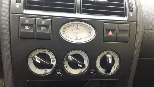 Buton avarie ford mondeo mk3 2.0 tdci 2001 2002 2003 2004 2005 2006 2007
