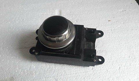 Buton Central BMW E 60 E61 Control Navigatie Audio Radio COD 6944884
