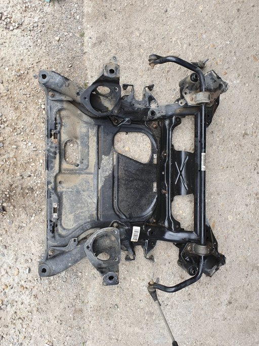 Cadru motor jug BMW seria 3 F30 F31 F32 F34 F36 xdrive x-drive
