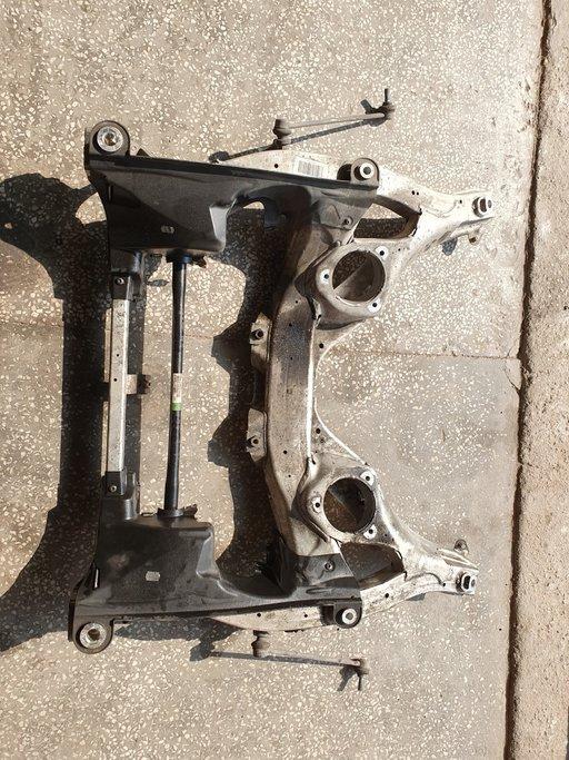 Cadru motor jug BMW seria 5 F10 F11 n47d20c 2.0d