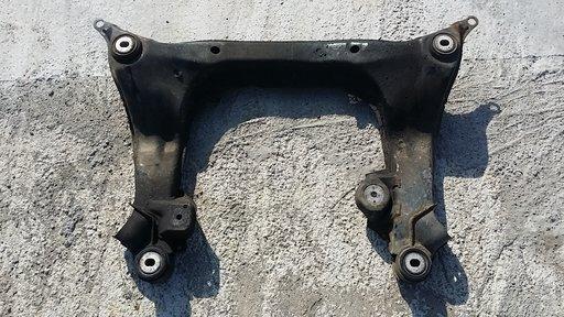 Cadru motor / jug motor VW Passat B5 / Audi A4 stare FOARTE BUNA
