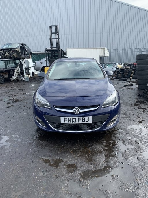 Cadru motor Opel Astra J 2013 Hatchback 1.7 CDTI A17DTC