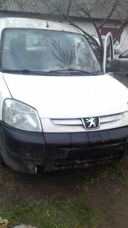 Cadru motor Peugeot Partner 2003 furgon 1.9 D