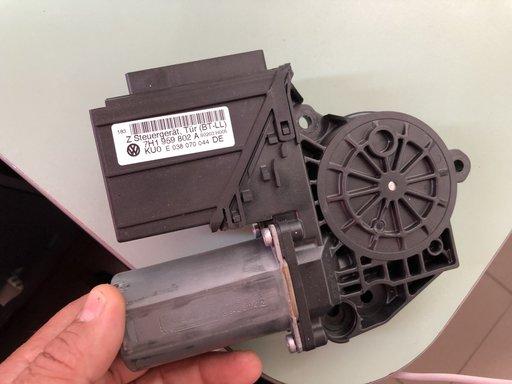 Calculator confort cu motoras T5 cod 7H1959802A