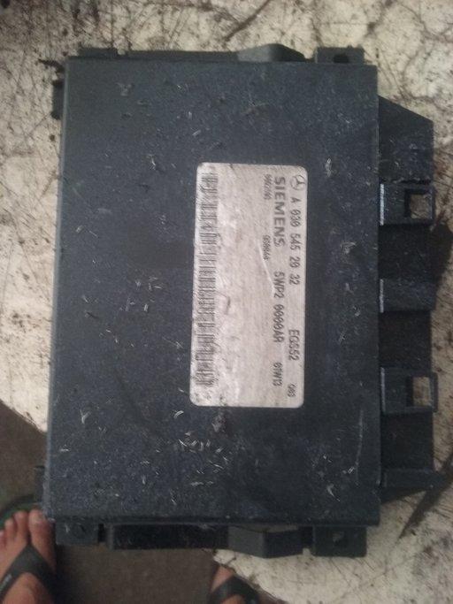 Calculator cutie automata Mercedes e clas A0305452032 5WP20000AR