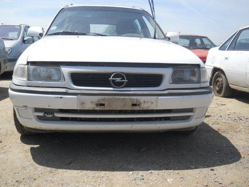 Calculator motor ECU Opel Astra F 1998 caravan 1,7