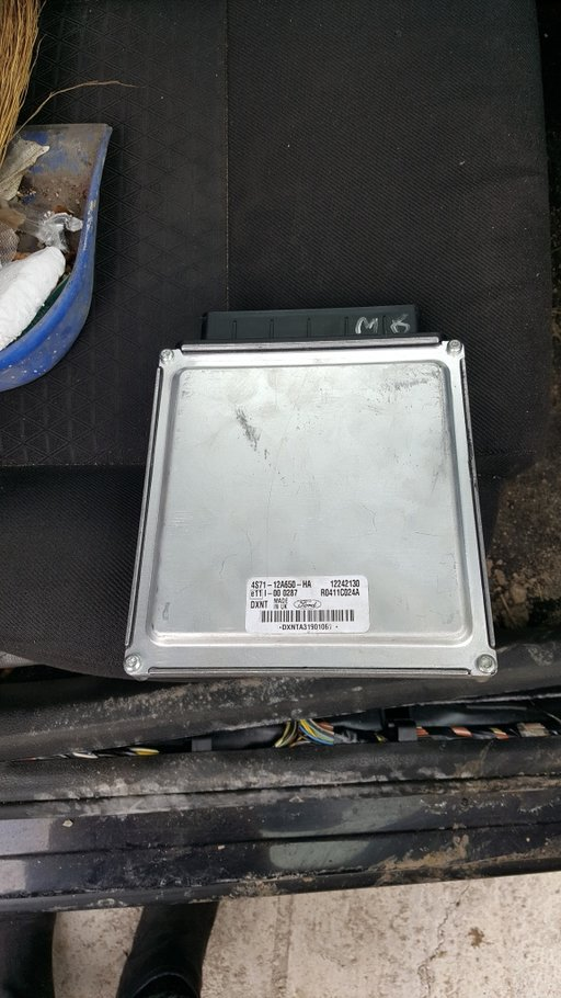 Calculator motor Ford Mondeo, 2 d,131 cp,cod 4S71-12A650-HA