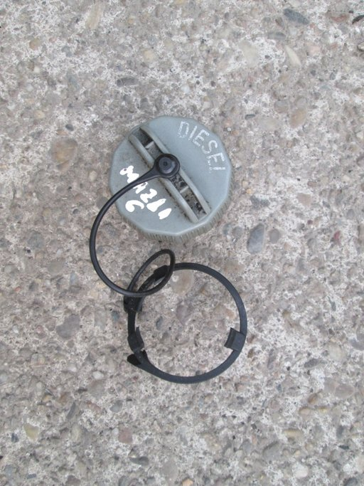 Capac buson rezervor Mazda 6 break 2.0di 136cp 200
