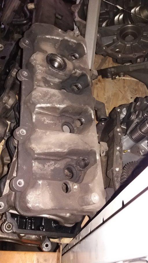 Capac chiulasa / culbutori Hyundai Santa Fe, 2.0 diesel, an 2003