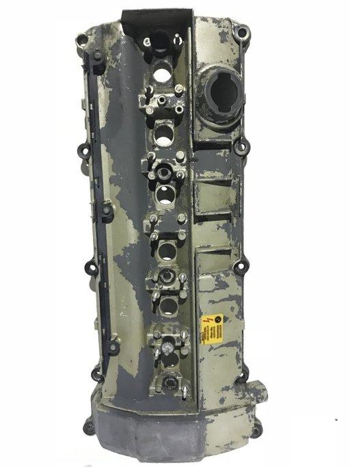 Capac culbutori BMW Seria 3 E46 Seria 5 E34 E39 Seria 7 E38 2.0i 5 pistoane 1738175
