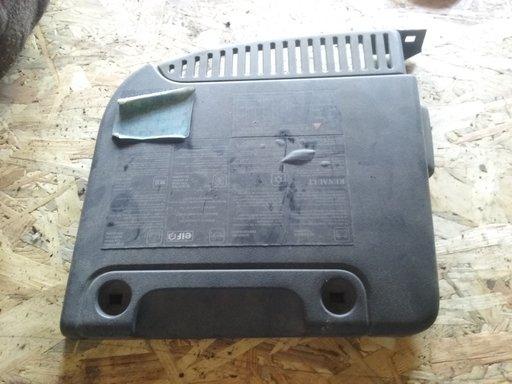 CAPAC MOTOR RENAULT SCENIC COD PIESA 8200302466