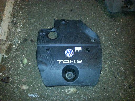 Capac motor Volkswagen Golf4 Benzina si Diesel