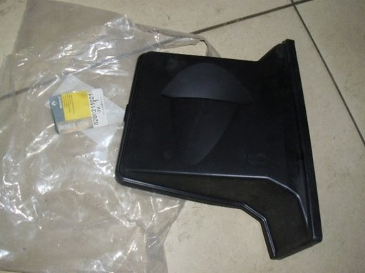 Capac superior carcasa relee Renault Master