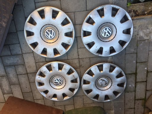 "Capace jante tabla pe 15"" originale vw"