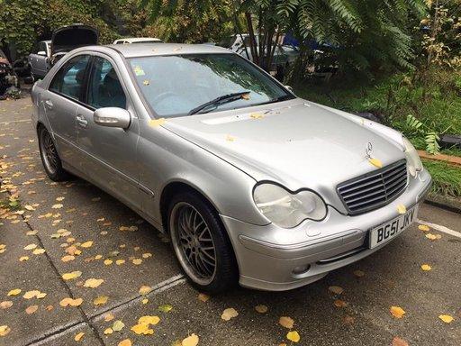 Capota fata Mercedes W203 c200 c220 c230 c270 c300 c3200 an 2003 argintiu