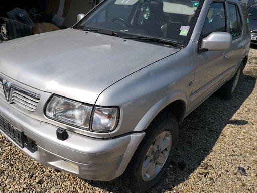 Capota fata Opel frontera b an 2004 motor 2.2 y22dth