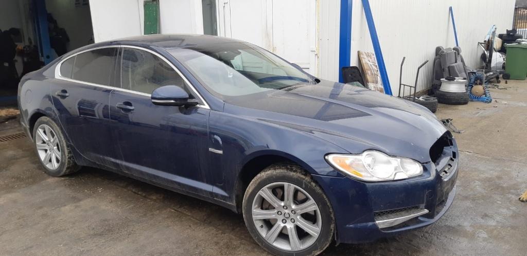 Capota Jaguar XF 2011 Limuzina 3.0