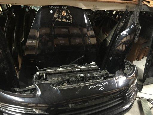 Capota motor Porsche Cayenne 2013