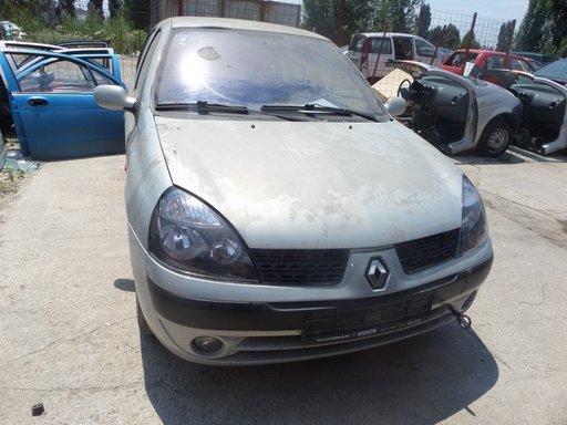 Capota Renault Clio din 2002