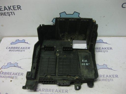 Carcasa acumulator Renault Megane II