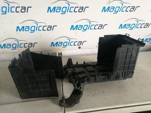 Carcasa baterie Volkswagen Touran - 1k0915443 / 1k