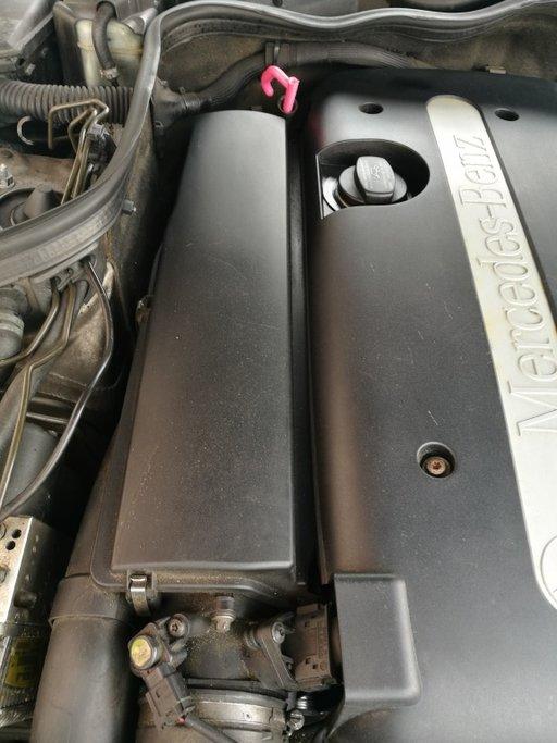 Carcasa filtru aer Mercedes e220 cdi w211 an 2004