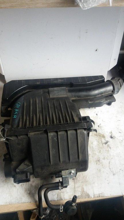 Carcasa filtru aer suzuki splash swift 1.2 b 2013 13700-69l00