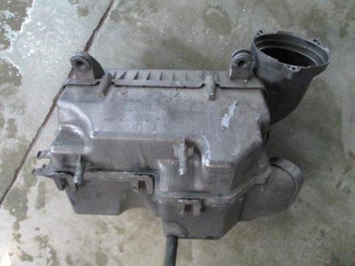 Carcasa filtru de aer Peugeot 407 an 2004-2010