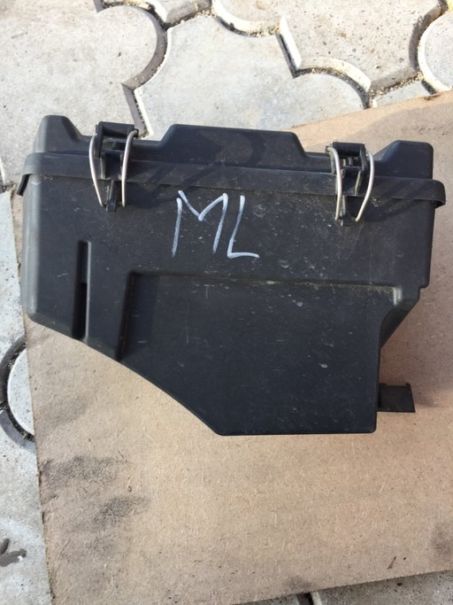 Carcasa panou siguranțe Mercedes ml w164