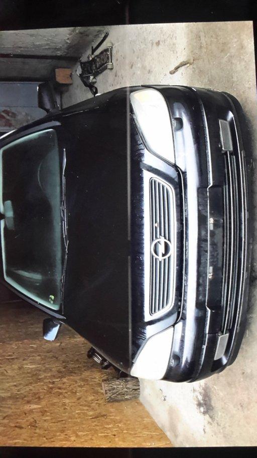 Carenaj aparatori noroi fata Opel Astra G 2003 breack 2.0 dti