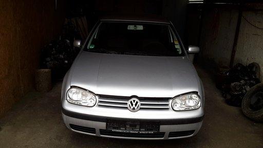 Carenaj aparatori noroi fata VW Golf 4 2001 hatchback 1.4