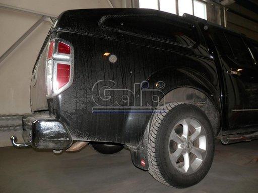 Carlig Remorcare Nissan Navarra cu treapta 2005- (