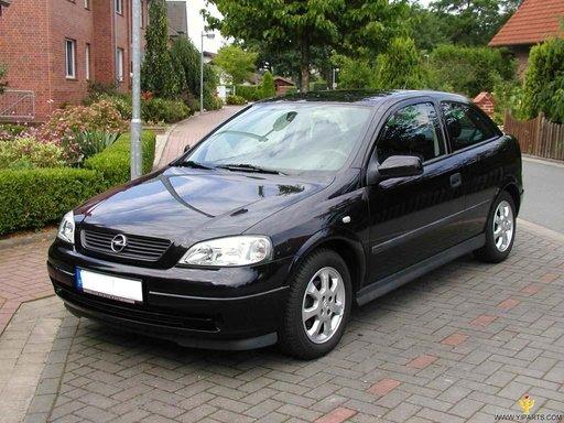 Caroserie sau elemente caroserie de Opel Astra G 2 usi, an 2000