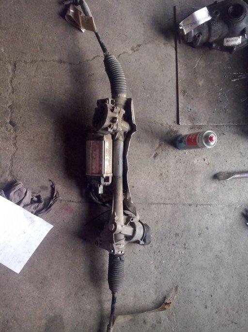 Caseta directie cu motor ZF Cod:1k1 423 051 DL