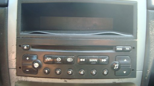 CD player auto Peugeot 307 motor 1.4 hdi 8hz din 2003