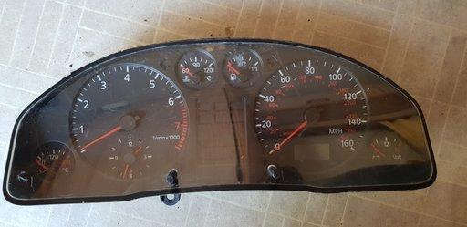 Ceas bord Audi A6, cu clema ruptă, cod produs: 4B