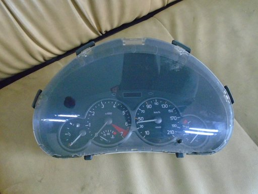 Ceas bord Peugeot 206