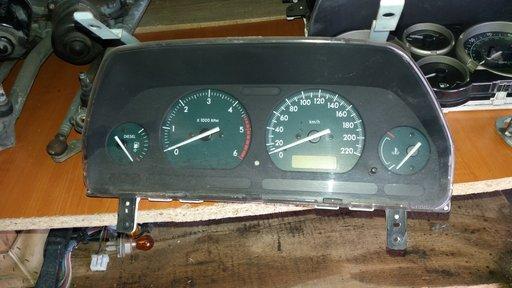 Ceas / ceasuri bord Land Rover Freelander, an 2001, diesel, in km