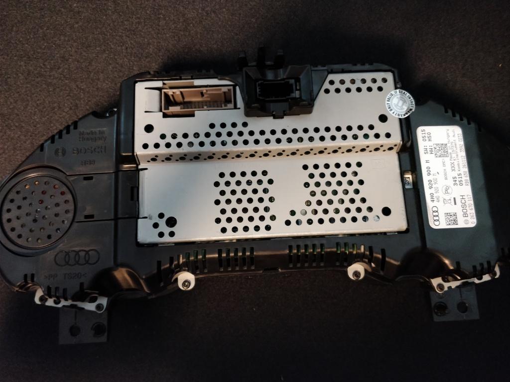Ceasuri bord Audi A8 4H D4 2011 // 2014 3.0 TDi