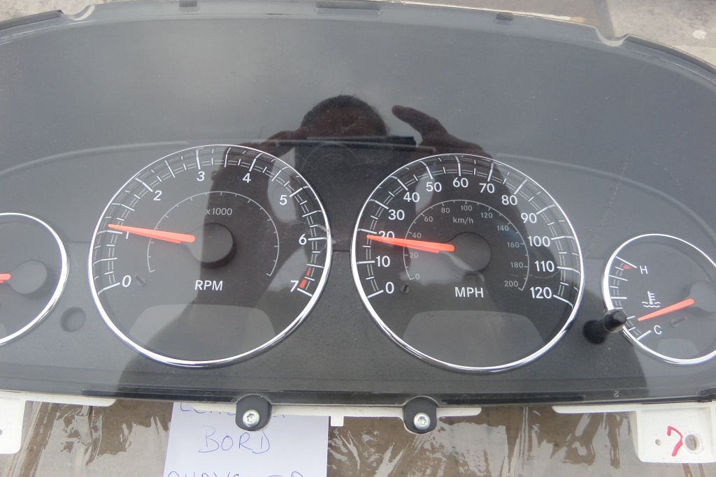 Ceasuri Bord Chrysler Sebring 2.7B DIN 2004