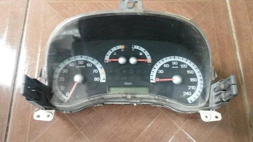 Ceasuri bord FIAT PUNTO 2 // 1.8 GTI